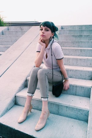white polo shirt top - stripy Topshop leggings - peach enamel heel pumps
