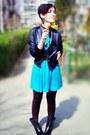 Black-harlem-backery-boots-turquoise-blue-flared-stradivarius-dress