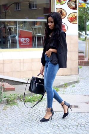 jeans - blazer - heels - accessories