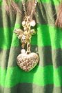Green-vintaged-dress-gold-forever21-necklace