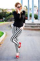 black nowIStyle sweater - black suiteblanco pants - brick red Plaza Chueca heels