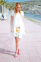 white inlovewithfashion shirt - red suiteblanco skirt - red Primark heels