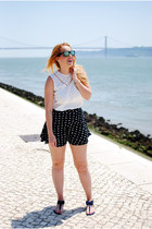 blue Freestylextreme skirt - black Stradivarius sunglasses