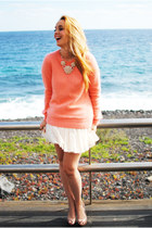 white Teria Yabar necklace - salmon Massimo Dutti sweater - tan Mango bag