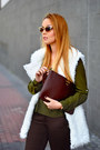 Brown-gigi-new-york-bag-tan-freyrs-sunglasses-white-wholesale7-vest