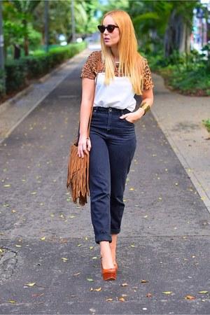 crimson CNdirect shirt - black H&M jeans - crimson zeroUV sunglasses