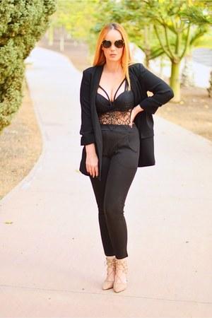 black Mango blazer - tan opticalh Prada sunglasses - tan Carolina Boix heels
