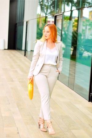 neutral Zara suit - light orange Bombatabags bag - ivory opticalh Chloe glasses
