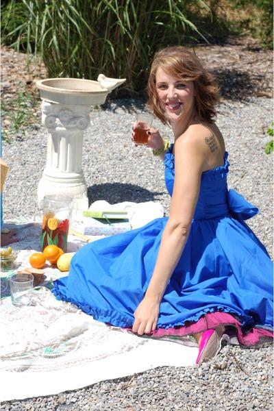 blue Vintage  NBR dress - pink Vintage  NBR shoes - pink Vintage NBR intimate -
