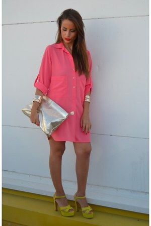 Zara shirt - Zara bag - Zara heels - H&M bracelet