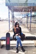 black shoes - blue Levis jeans - black cardigan