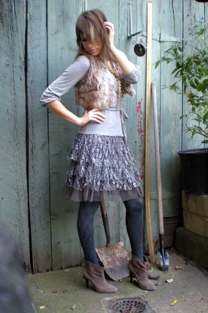 kensie vest - H&M sweater - Macys skirt - HUE tights - calvin klein boots - Tops