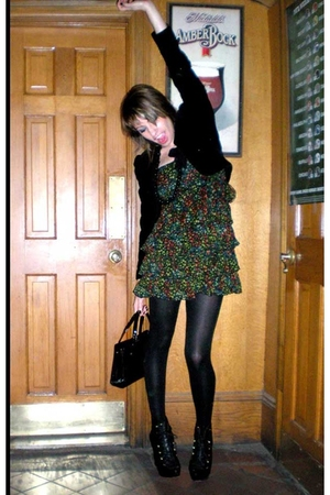 Sassoon blazer - H&amp;M dress - HUE tights - Thrift Store purse - Steve Madden boot