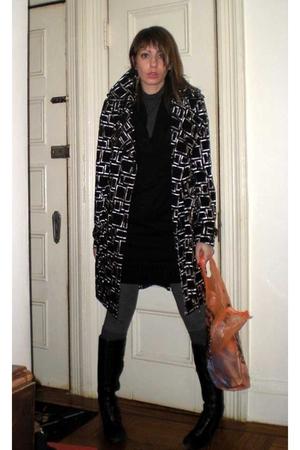 Alberto Makali coat - rachel roy sweater - H&M top - Uniqlo leggings - Anne Klei