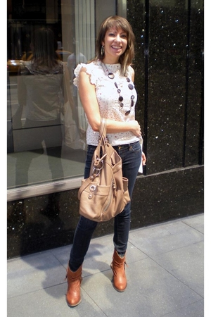 forever 21 blouse - Makowsky purse - Uniqlo jeans - Steve Madden boots