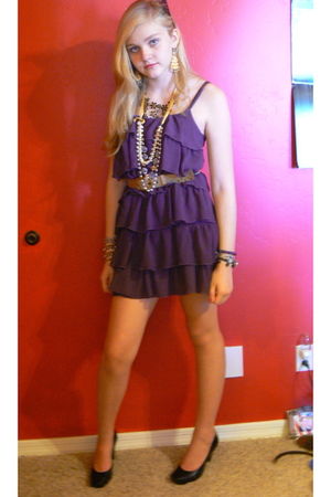 Buffalo Exchange dress - Nordstrom shoes - Forever21 necklace - Juicy Couture ea