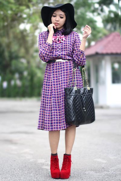 red litas boots - purple vintage dress dress - black floppy hat hat