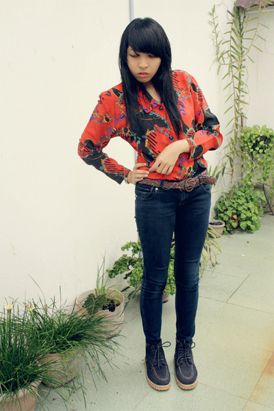 red moms blouse - black unbranded boots - black HJM denim pants