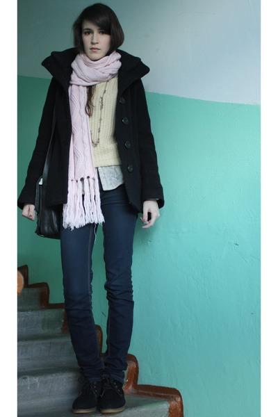 black seppala coat - navy Stradivarius jeans - periwinkle Zara shirt