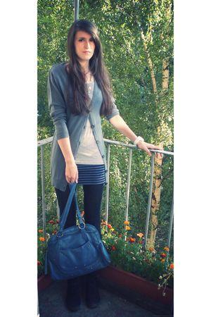 blue whistles skirt - gray Gap t-shirt - gray H&M cardigan - black H&M shoes - b