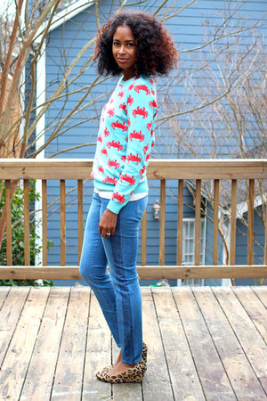 crab print Forever 21 sweater - Forever 21 jeans - leopard Aldo wedges