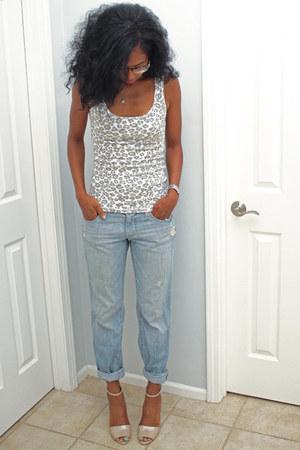 boyfriend jeans Old Navy jeans - Nine West heels - cheetah Walmart top