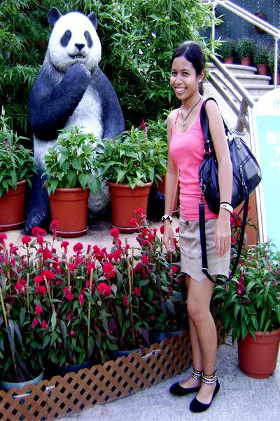 pink Random Hong Kong Brand top - beige Random Hong Kong Brand skirt - black Thr