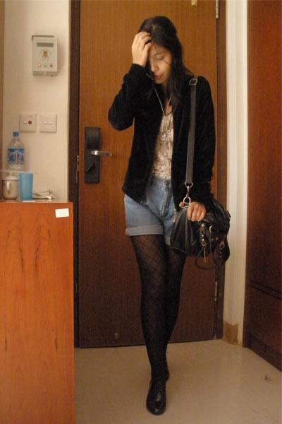 black Everyday jacket - brown Forever 21 blouse - blue Levis shorts - black Roxy