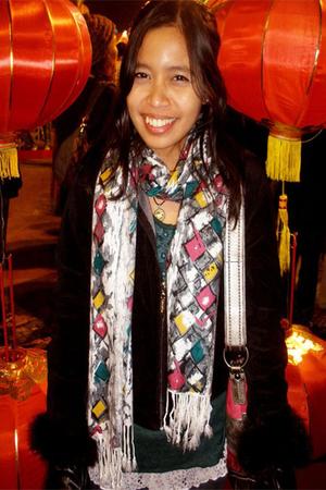 black Everyday jacket - green Mango shirt - silver Thfited Store scarf - pink co