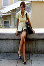 Yellow-folded-n-hung-blouse-gray-bayo-shorts-black-nine-west-shoes-black-x