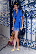 blue Bossini shirt - blue Levis shorts - yellow thrifted shop shoes - yellow Kam