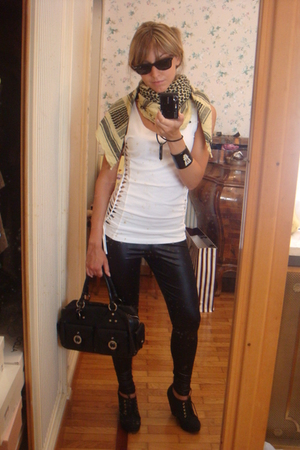 asos leggings - H&M shirt - H&M shoes - Nobrand scarf - Givenchy purse - vintage