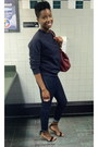 Skinny-ankle-gap-jeans-aldo-bag-zara-sandals-gap-sweatshirt