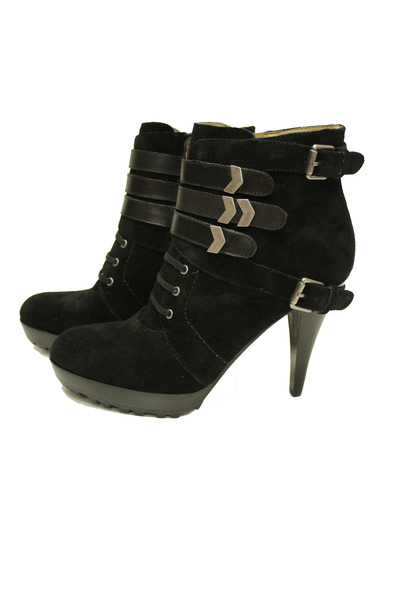 black Nine West shoes