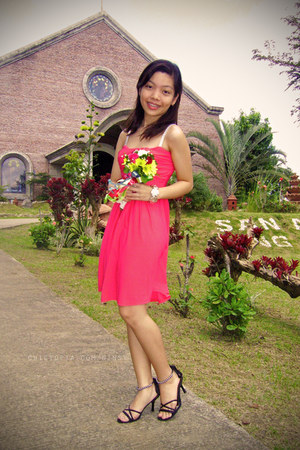 hot pink Bazaar dress - black pearl random from Hong Kong heels - silver bracele