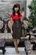 dark brown skirt - ruby red shirt - maroon belt - dark brown Guess bag - tan wed