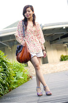 floral Mattewo wedges - Tomato bag - shorts - bat wing floral top