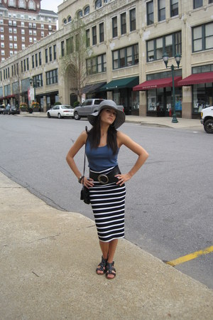 silver floppy hat Urban Outfitters hat - black shoulder bag H&M bag - blue Ameri