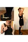 Black-oxfords-shoes-black-overall-atmosphere-dress-black-socks
