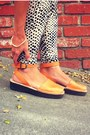 Pons-sandals