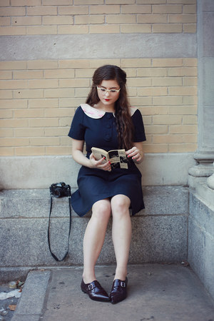 navy mini dress Hazel and Florange dress