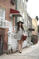 leather Billy Kirk bag - striped In God We Trust dress - wool SCALA hat