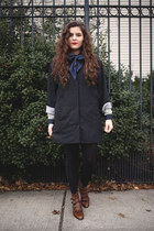 gray light coat Crossroads Trading coat - dark brown leather Modern Vice boots