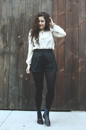 eggshell thrifted from Crossroads shirt - black pleather Mink Pink shorts