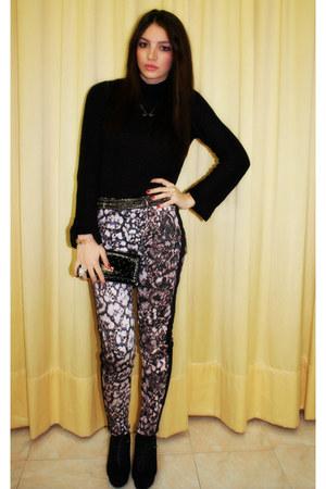 Zara sweatshirt - asos shoes - Fergi bag - Zara pants - Tally Weijl necklace