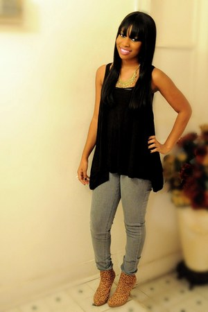 Forever 21 boots - Forever 21 shirt - Forever 21 pants - necklace
