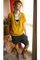 yellow Bershka sweater - brown Zara shoes - yellow Calcedonia socks