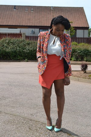 carrot orange floral Zara blazer - asymmetrical Primark skirt