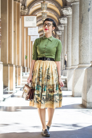 green vintage top - mustard vintage skirt - teal Salvatore Ferragamo glasses