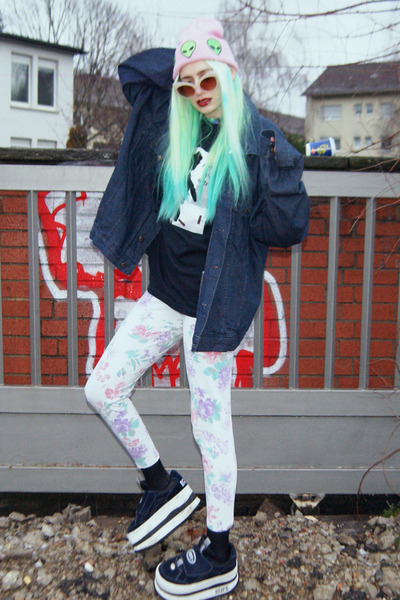 Pink-beanie-diy-hat-navy-denim-romwe-jacket